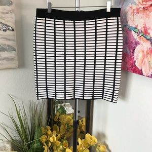 BeBe Ribbed Pencil Skirt Size XL